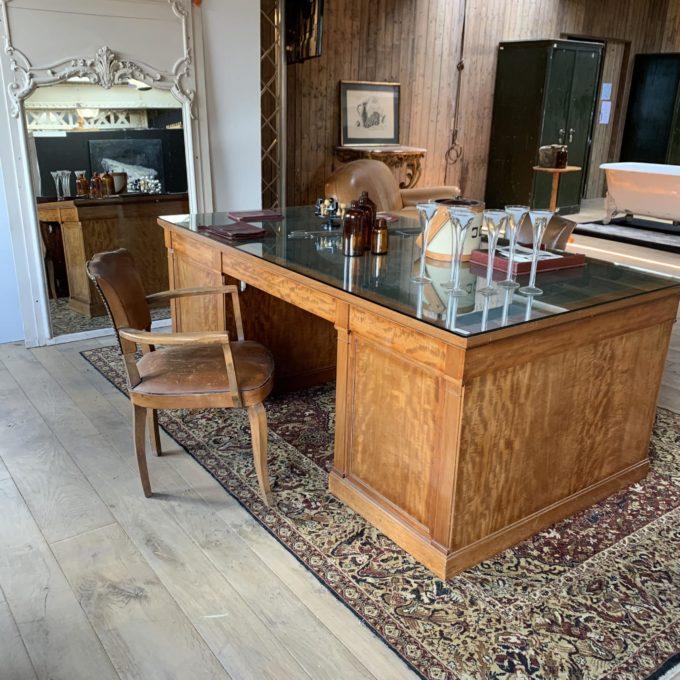 Chaise bridge cuir