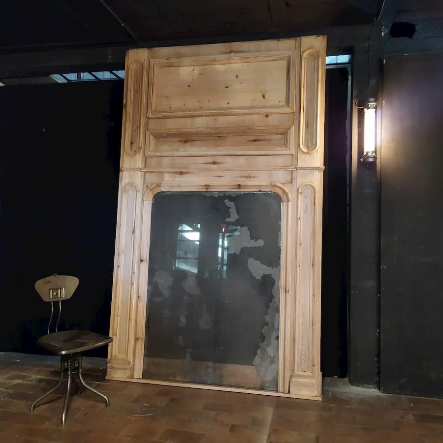 Trumeau en pin entier