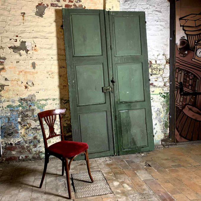 Double porte ancienne verte