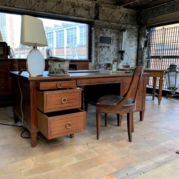 bureau ancien en acajou