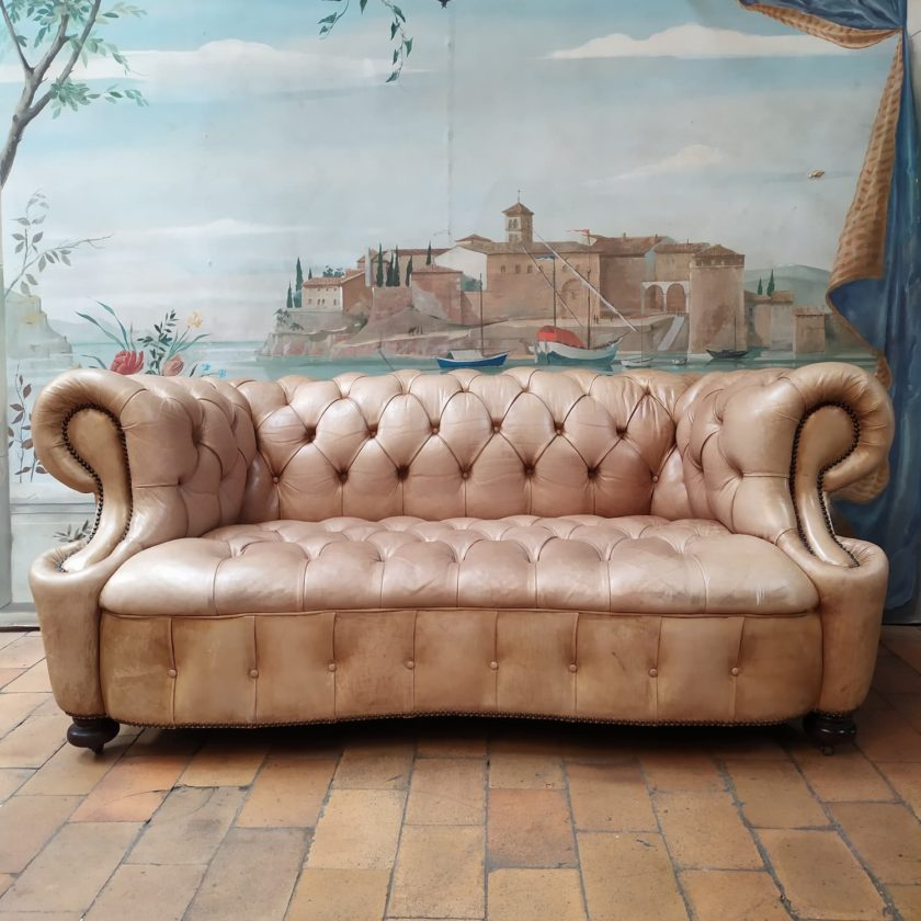 chesterfield chippendale