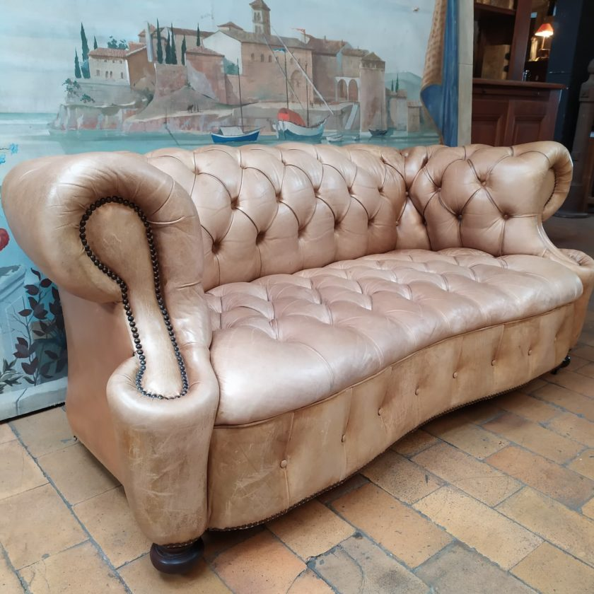 chesterfield chippendale profile 2