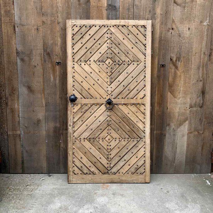Réédition porte d'entrée en chêne avec bâti, 104,5x202cm.
