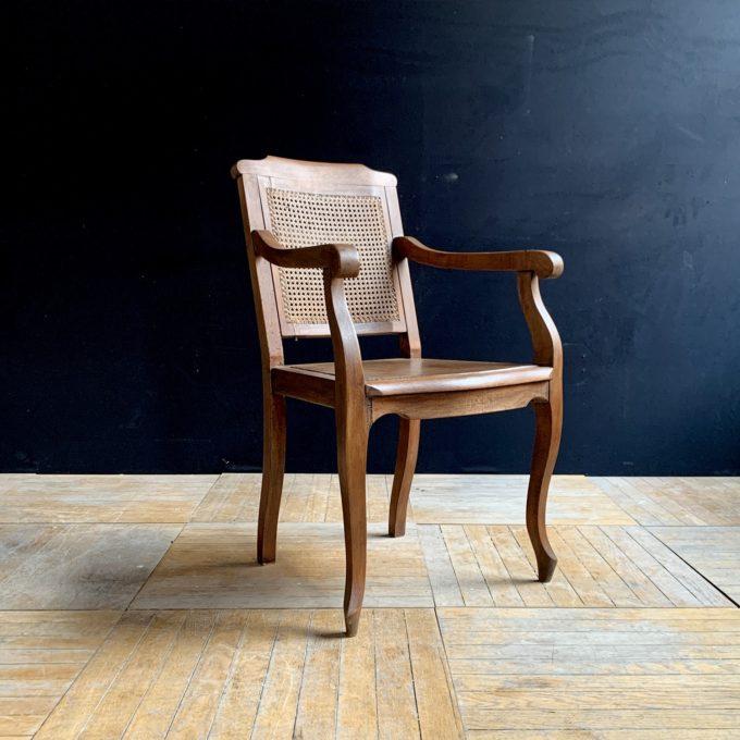 Chaise de barbier ancienne en chêne, 90x51x47cm.