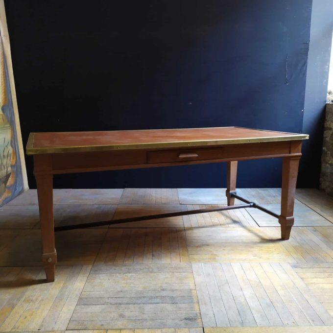 Table de la banque de France, 175*90*75cm.