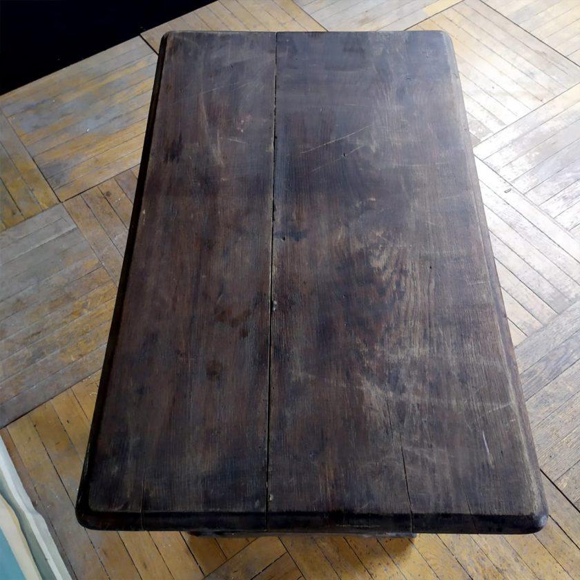 Table bistrot ancienne en chêne, 56*91*74cm.