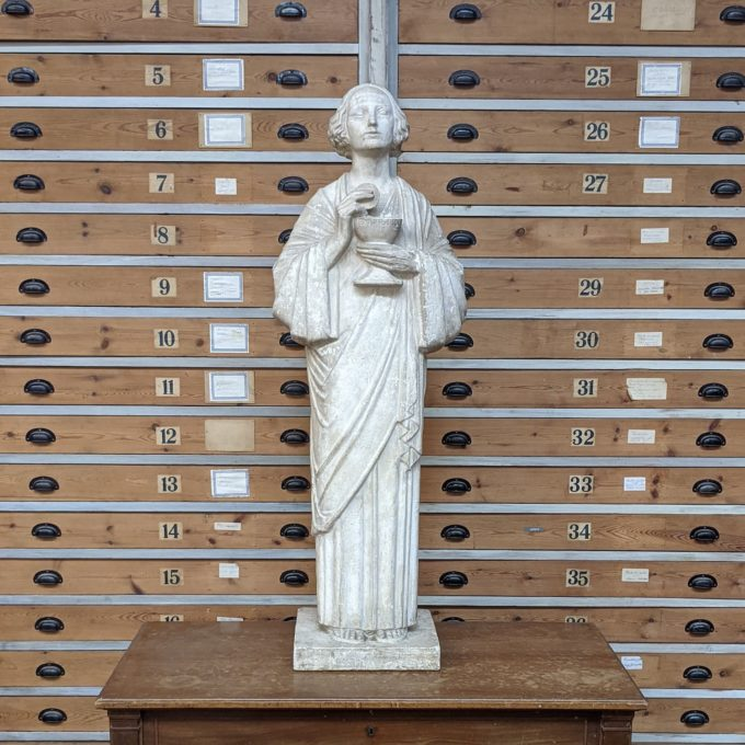 Statue religieuse en platres 1940