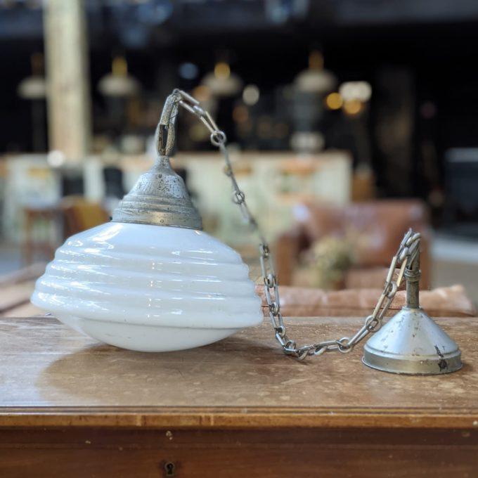 lampe en opaline blanche side