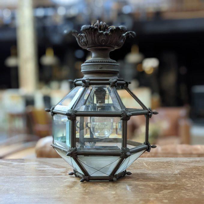 lanterne d'entrée en bronze